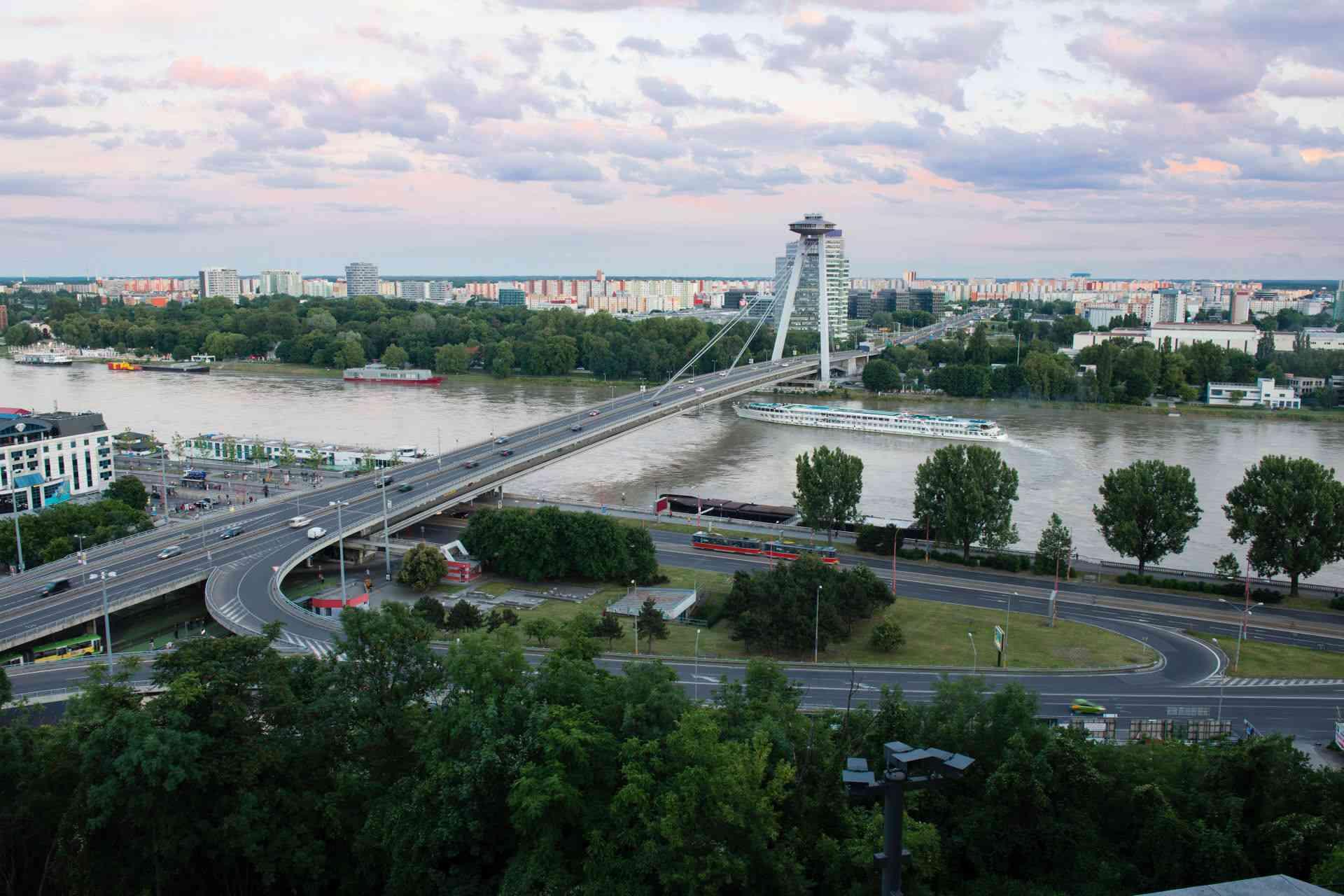 Donau Seilbahn Bratislava